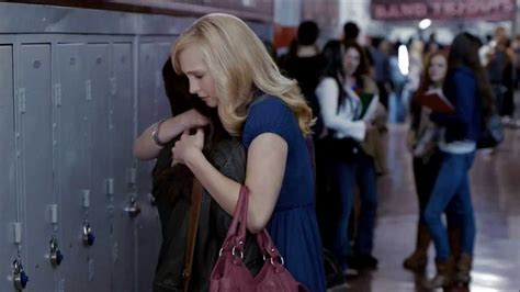 The Vampire Diaries 1x01 stefan first come to school