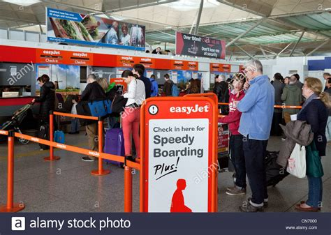 Easyjet baggage Speedy boarding check-in queue, Stansted