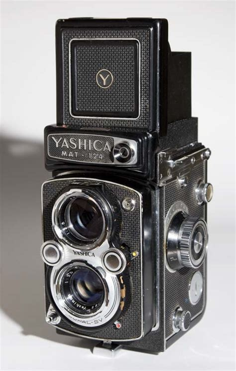 Film is Back!: Yashica Mat 124